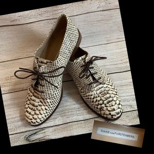 DVF Brown Snake Print Oxford Shoes